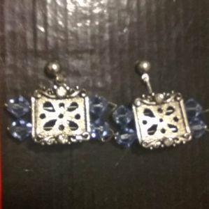 Jewelry - Picture Frame Earrings Costume Jewelry NWOT